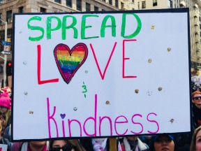 Spread Love & Kindness